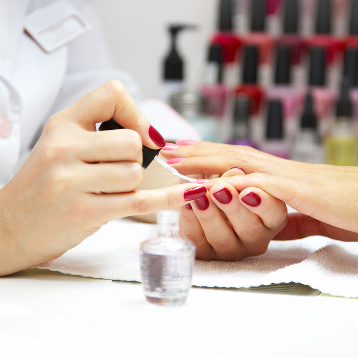 nail-tech