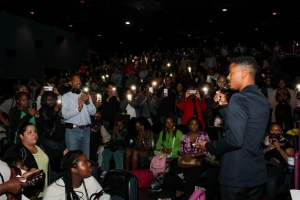 nate-parker-thanks-queens-guests-for-their-support