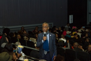 rev-sharpton-welcomes-guests