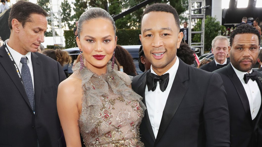 1280_chrissy_teigen_john_legend_gg17_getty631241906
